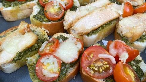 In the mood for yummy open-faced pesto sandwiches? Here's how you can make them