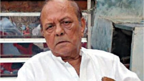 Celebrated film director Iqbal Kashmiri passes away at 78