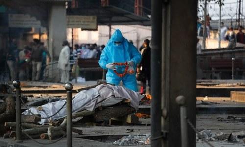 India's coronavirus cases cross 9 million as Delhi struggles