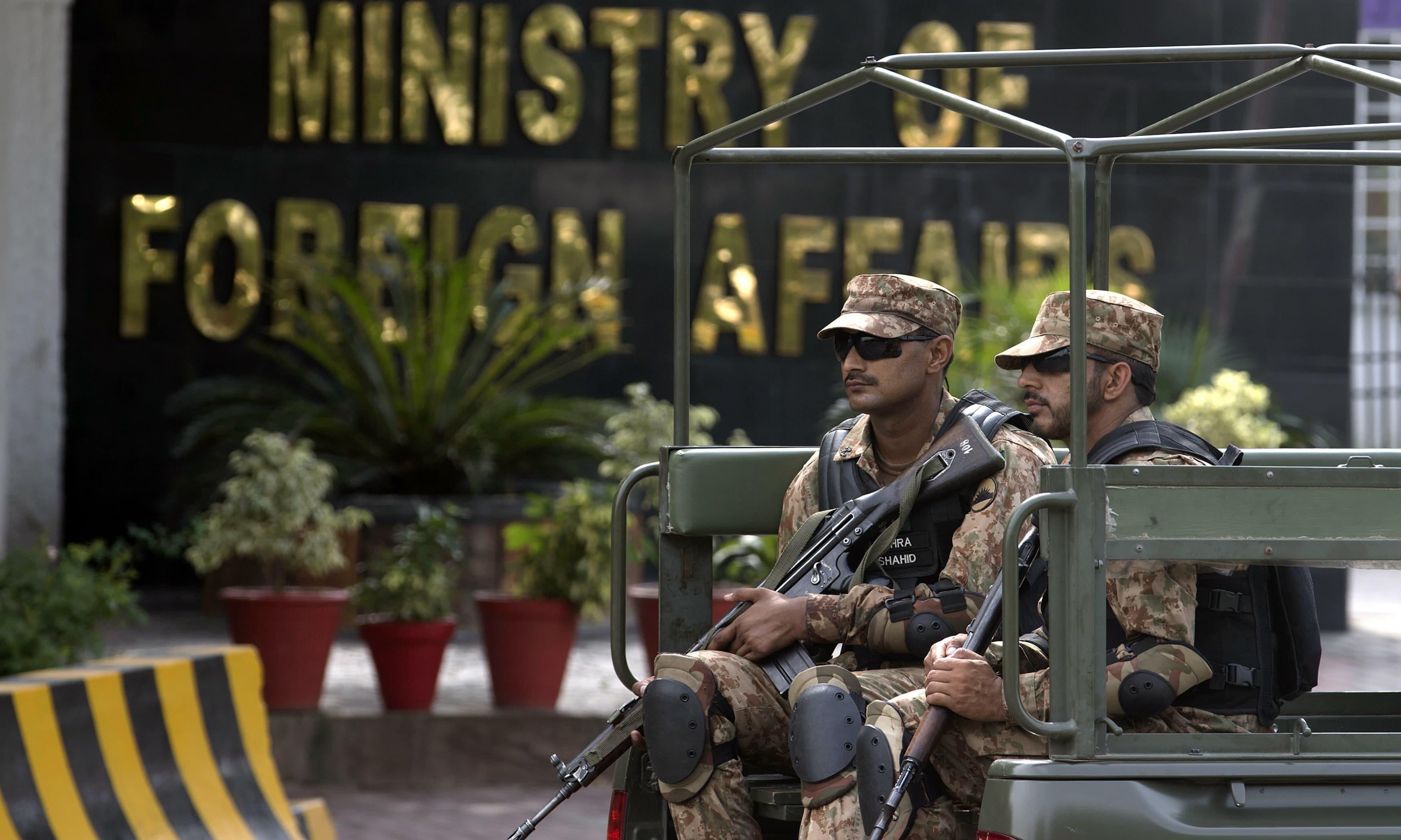سینئر بھارتی سفارتکار کی دفتر خارجہ طلبی، ایل او سی فائرنگ پر احتجاج