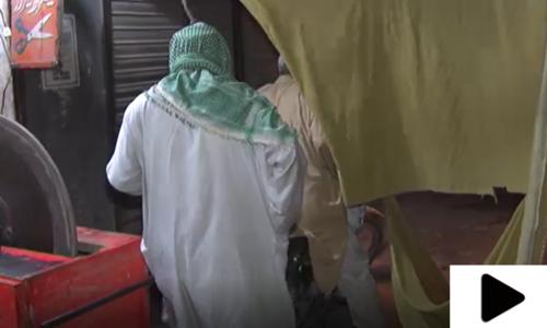 کراچی میں اسمارٹ لاک ڈاؤن کے باوجود ایس او پیز نظر انداز