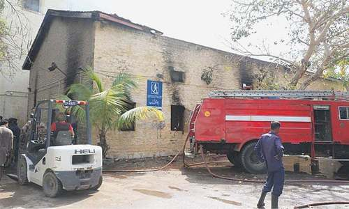 Only 14 of 44 fire tenders working in Karachi, SHC told