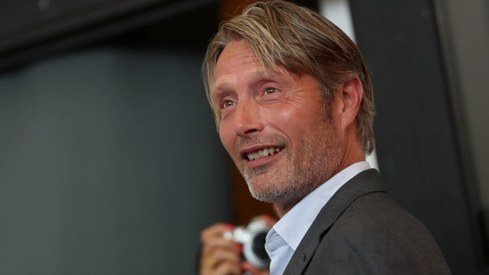 Mads Mikkelsen to replace Johnny Depp in next Fantastic Beasts movie