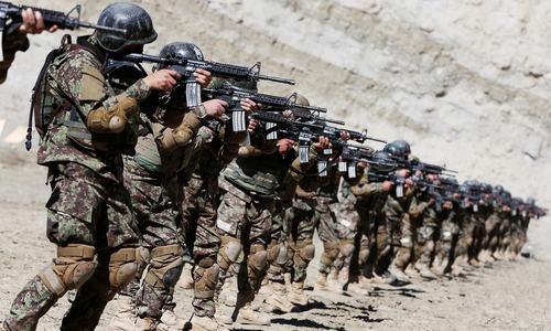 افغانستان میں 10 امریکی فوجی اڈے بند کردیے گئے، امریکی اخبار کا دعویٰ