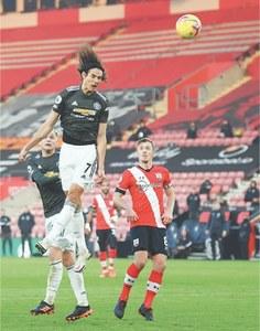Two-goal Cavani inspires United comeback win