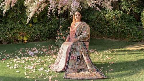 A closer look at Bakhtawar's engagement outfit by Nida Azwer