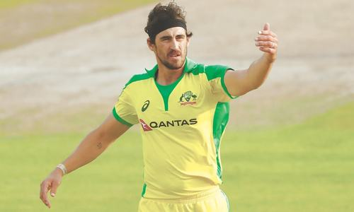 Australia not panicking over Starc's dip in form: Finch