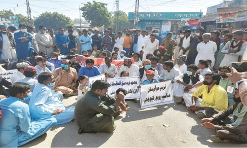 Mithi residents rise up against MS, doctors as health officials continue boycott