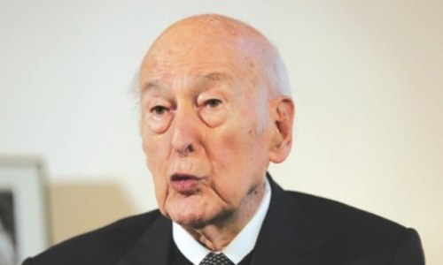France mourns 'great European' Giscard after Covid death