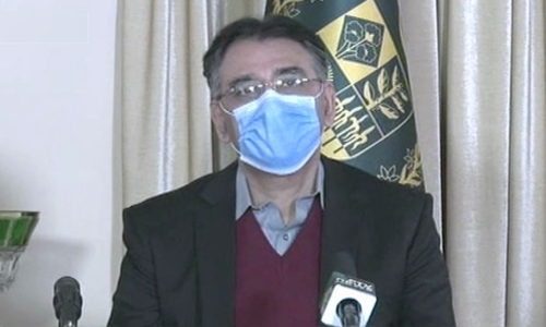 Asad Umar isolating at home after testing positive for Covid-19