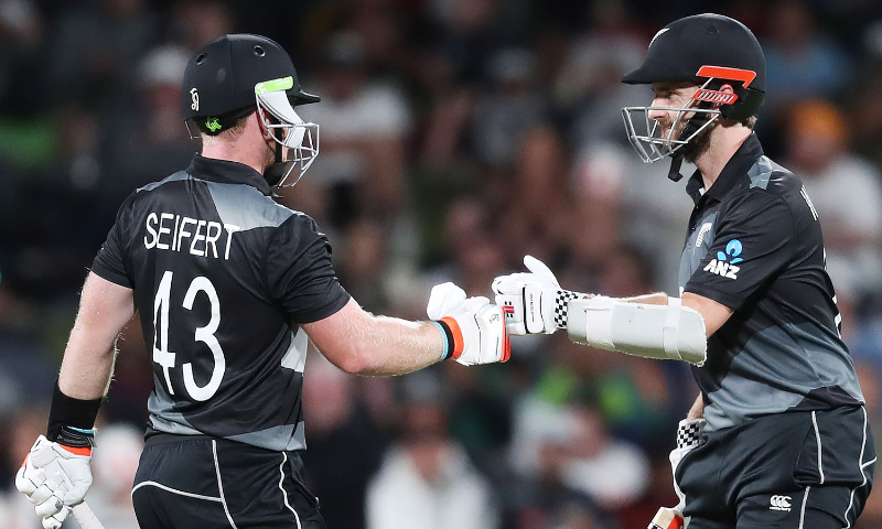 Seifert leads New Zealand home in second T20 against Pakistan to wrap up series