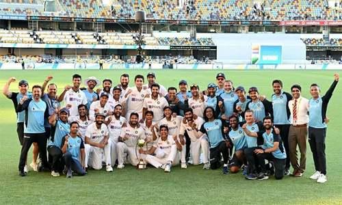 آسٹریلیا کو 33 سال بعد برسبین میں شکست، ٹیسٹ سیریز بھارت کے نام