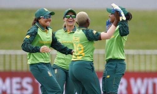South Africa score narrow ODI win over Pakistan women