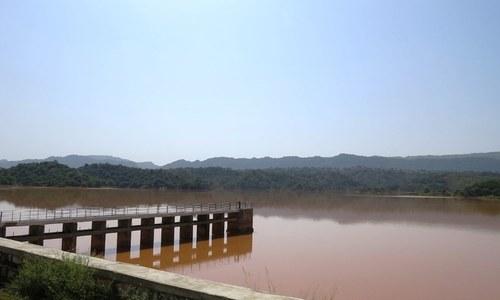 Small rainwater dams praised as a boon for farmers in Sindh