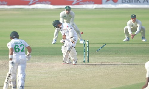 South Africa bounce back to have Pakistan on the ropes in first Test