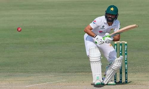 جنوبی افریقہ کے خلاف ٹیسٹ میں فواد عالم کی سنچری، پاکستان کو 88 رنز کی برتری حاصل