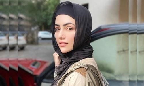 لوگوں کی جانب سے غلط ویڈیوز بنائے جانے پر ثنا خان افسردہ