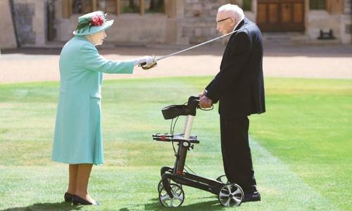 UK's record-breaking fundraiser Captain Moore dies aged 100