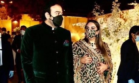 Over 800 hours spent on Bakhtawar's gota-heavy reception dress