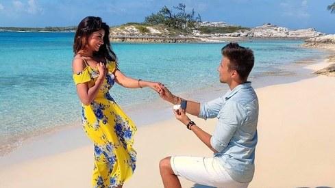 Actress Zoya Nasir is engaged to German vlogger Christian Betzmann