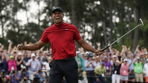 Prayers pour in after Tiger Woods injured in LA car crash