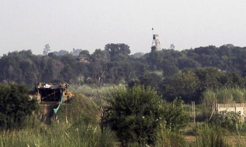 پاک-بھارت ڈی جی ایم اوز کا رابطہ، 'خوشگوار' ماحول میں ایل او سی کی صورتحال کا جائزہ