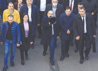 Armenian PM takes to the streets to denounce 'coup attempt'