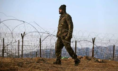 How did Pakistan and India agree on the LoC ceasefire?