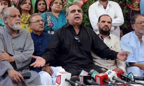ناراض پی ٹی آئی رہنماؤں کا گورنر سندھ کو ہٹانے کا مطالبہ