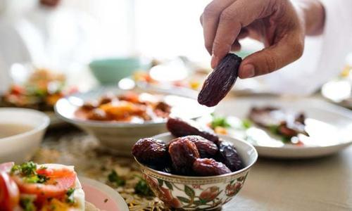 کورونا کے باوجود 91 فیصد مسلمانوں نے پچھلے سال رمضان میں روزے رکھے، تحقیق
