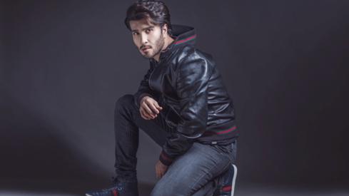 Feroze Khan wins big for his performance in Ishqiya