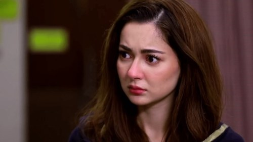 Hania Aamir wants you to focus on the big picture, not Instagram filters