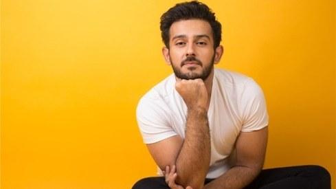 Azaan Sami Khan's Mein Tera crosses 5 million views on YouTube