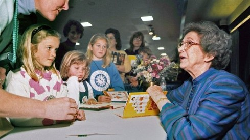 Ramona and Beezus author Beverly Cleary passes away