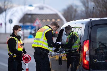Pandemic upsurge hits Europe's recovery hopes