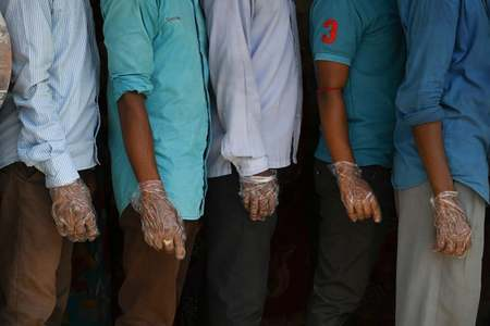2 dead as fresh wave of violence hits crucial India state poll