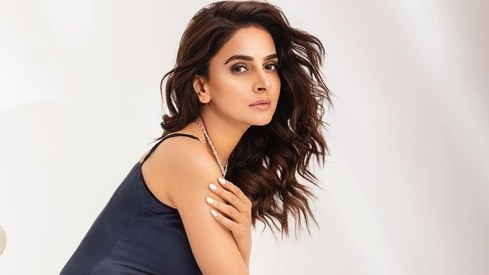 Saba Qamar calls off her engagement