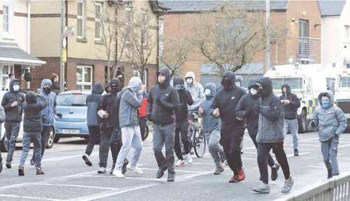 Violence rocks N. Ireland as unionists clash with nationalists