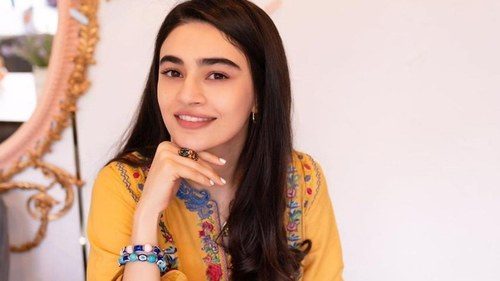 Saheefa Jabbar Khattak is encouraging fellow celebs to declutter their wardrobes for charity