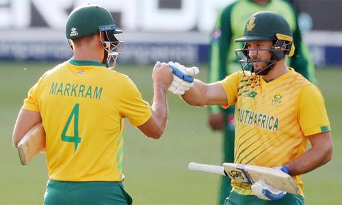 پاکستان کو دوسرے ٹی20 میں یکطرفہ مقابلے کے بعد شکست