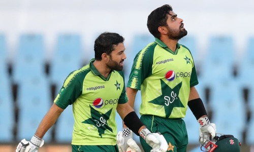 'Majestic innings': All-round praise for Babar, Rizwan after Pakistan cruise to victory against SA