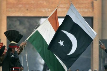 Pakistani, Indian officials held talks in Dubai over Kashmir