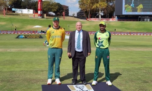 Pakistan bowl first in final T20 International against South Africa