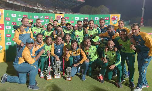 پاکستان سنسنی خیز مقابلے کے بعد 3 وکٹ سے کامیاب، سیریز بھی 1-3 سے جیت لی