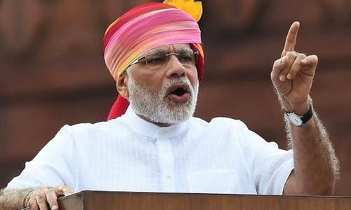 بھارت: کورونا کیسز میں ریکارڈ اضافے پر نریندر مودی کو اپوزیشن کی تنقید کا سامنا