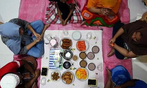رمضان میں لاک ڈاؤن کے دوران گھر کا ماحول پُرسکون کیسے رکھا جائے؟