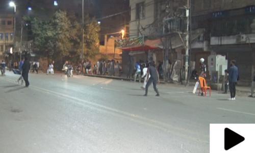 کراچی میں رمضان المبارک کی راتوں میں کرکٹ کھیلنے کی روایت