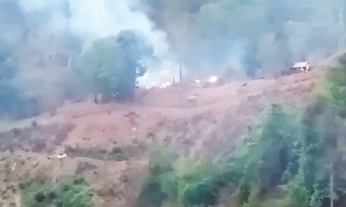 Guerillas capture Myanmar army base; junta replies with air strikes