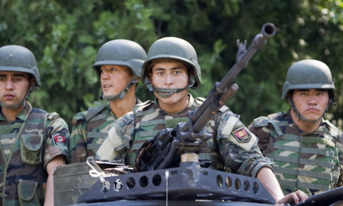 Kyrgyz-Tajik clashes over reservoir leave 40 dead