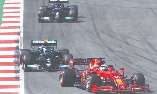 Bottas denies Hamilton taking 100th pole